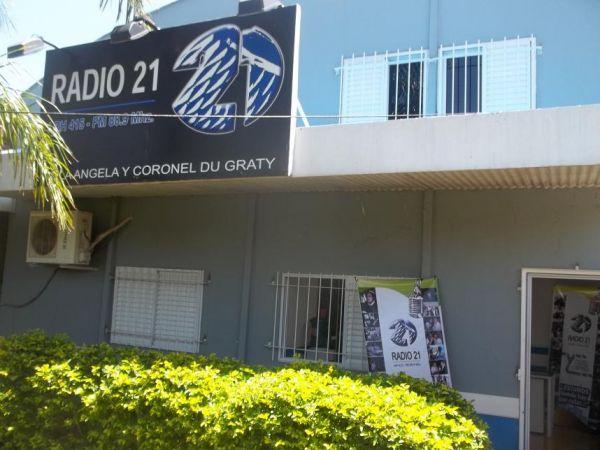 Corte general de Energía en Du Graty que Afecta a la Transmisión de Radio 21