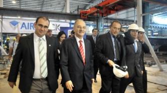 El gobierno chaqueño firma convenios por más empleo en el Día de la Industria