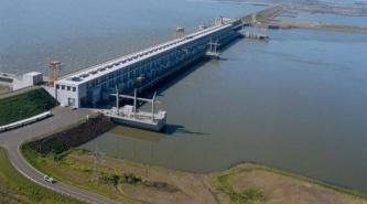 Alerta en Yacyretá, por el aumento del caudal de agua