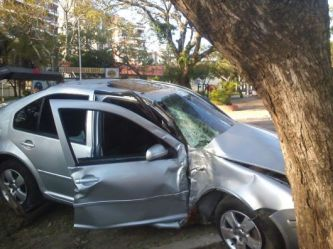 Corrientes: jóvenes alcoholizados al volante, no murieron de milagro