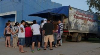 """El camión de """"pastas, lácteos y panificados para todos"""" estará en Du Graty"""