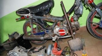 Villa Ángela: desbaratan una banda que robaba motocicletas