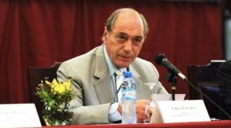Eugenio Zaffaroni renunció a la Corte Suprema