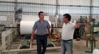 Aguilar visitó Yebra, una de las plantas industriales instaladas en Tirol