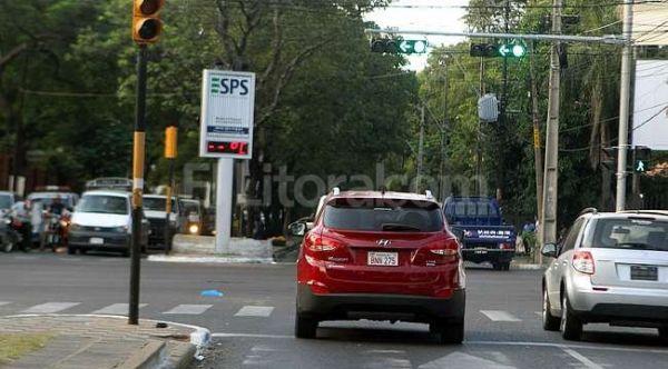 Asunción: colocan semáforos inteligentes y provocan insólito caos