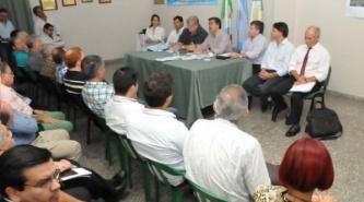 Capitanich presentó nuevos beneficios a la Federación Económica