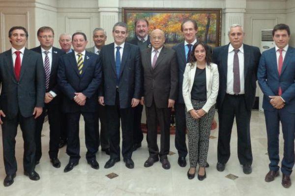 El intendente de Corrientes está en China, integrando delegación de Argentina