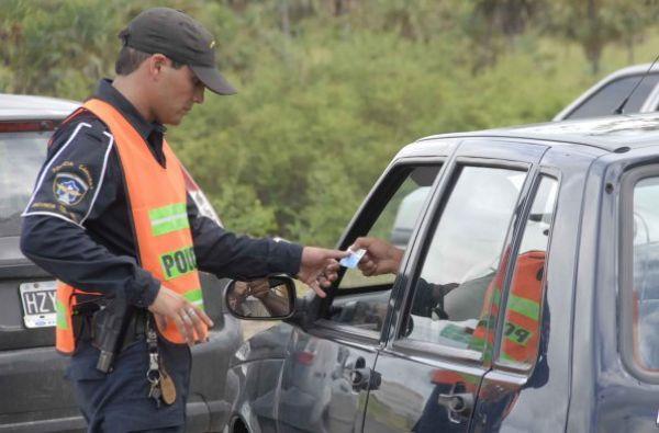 """Pagó """"coima"""" a la policía Caminera del Chaco y luego los denunció en Corrientes"""