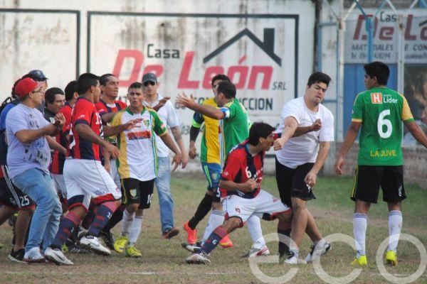 Charata: Clásico entre Juventud Unida y San Lorenzo terminó en una batalla campal