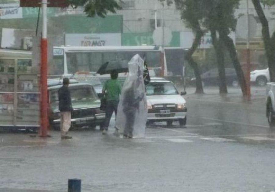 Resultado de imagen para colectivos resistencia lluvia diario21