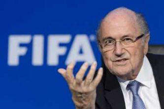 """Blatter dijo que no va a renunciar a la FIFA: """"Lo dejaré el 26 de febrero, ni un día antes"""""""