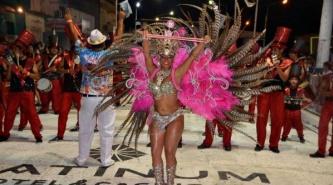 Villa Angela: Con un gran marco de público comenzaron los carnavales 2016