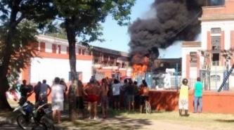 Corrientes: Se registró otro incendio en transformador de costanera
