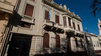 La UNNE abonará sueldos docentes con aumento acordado en Paritaria