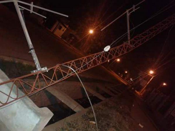 Grave: Delincuentes derribaron la antena de Fm Norte de Gancedo