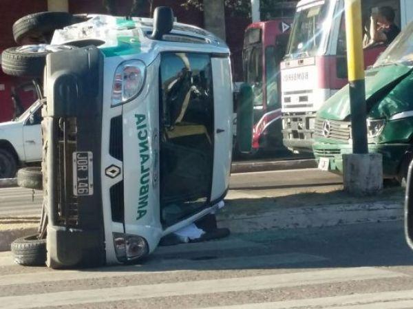 Triple choque en la Avenida 3 de Abril de la Capital correntina