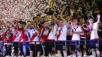 """River se """"re copó"""" y sumó un nuevo título internacional al ganarle a Independiente Santa Fe de Colombia"""