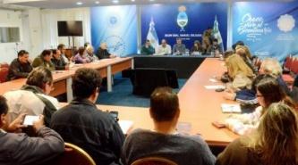 Chaco: El ministro Farías ofreció una contrapropuesta salarial a los docentes