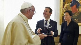 ¿Qué le regaló Mark Zuckerberg al Papa Francisco en su visita al Vaticano?