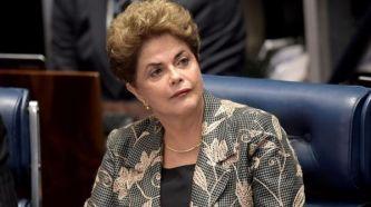 Rousseff contesta a las preguntas de los senadores