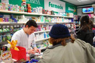 Farmacias en alerta ante la deuda del PAMI y peligra la prestación