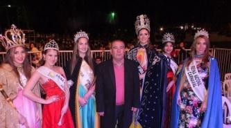Celena Ramos es la nueva reina de la Fiesta Provincial del Estudiante en Corrientes