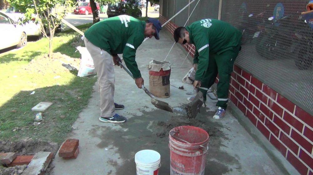 Equipo Hábitat escolar continúa con el aporte en edificios educativos para mantener limpias y en condiciones las instituciones
