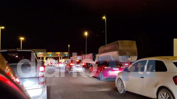 Demoras de más de una hora para ingresar a Chaco desde el puente General Belgrano